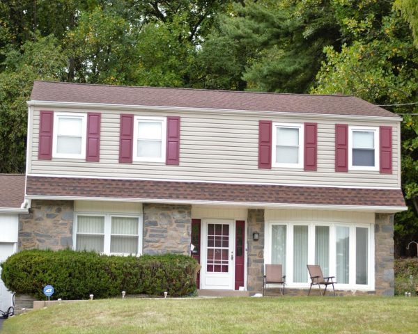 new vinyl siding on two story home in central pennsylvania